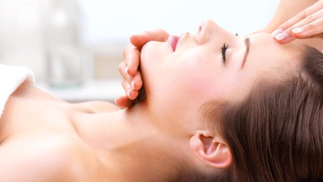 Formation massage crânien énergétique, visage, buste