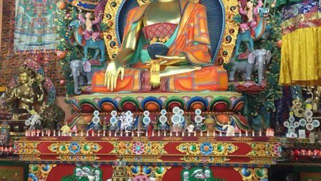 Visite guidée d'un centre tibétain bouddhiste