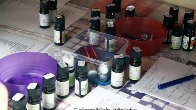 Atelier parfum aux huiles essentielles
