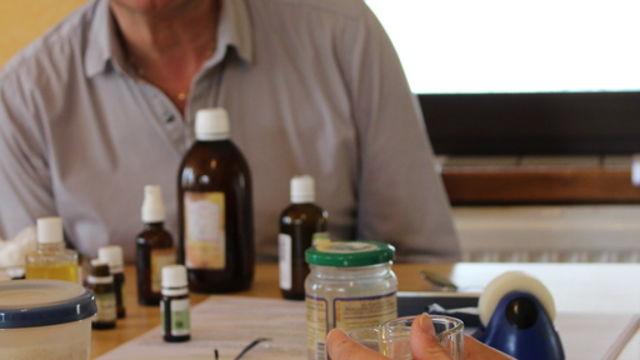 Initiation à l'utilisation des huiles essentielles