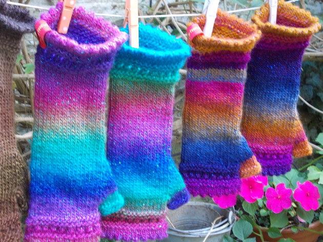 je tricote des mitaines avec une aiguille circulaire formation couture par les tricots de bri. Black Bedroom Furniture Sets. Home Design Ideas