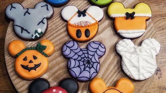 Mini Atelier Halloween MICKEY Cookie Decorating
