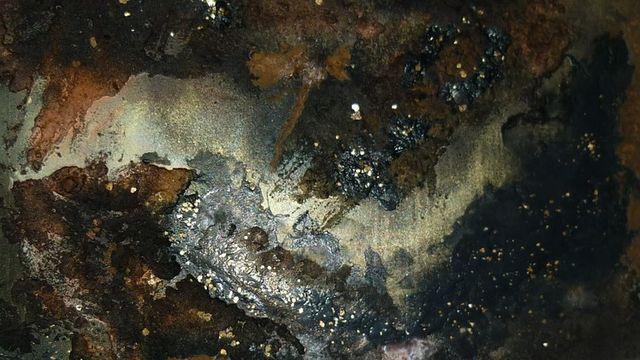 Toile bronze au powertex