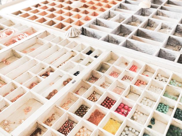 Création de bijoux / Concept de bar à bijoux