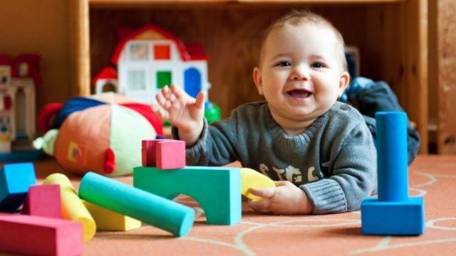 Accompagnement affectif du bébé par le jeu psychomoteur