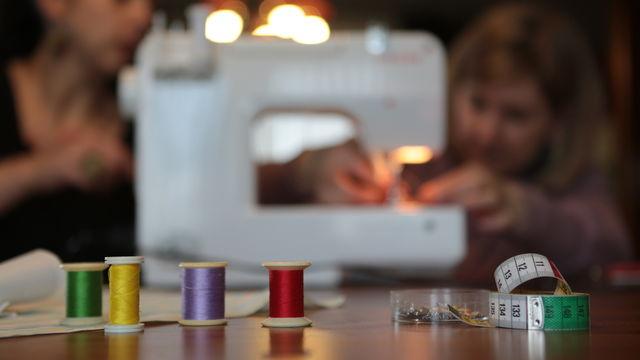 Atelier de couture, à vos tissus!