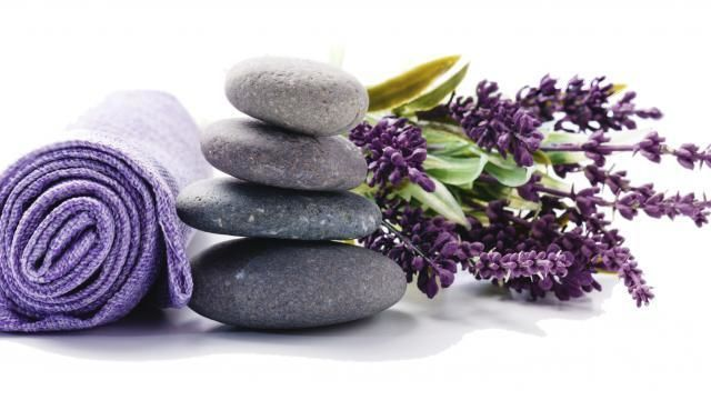 Apprendre le massage relaxant aux huiles essentielles