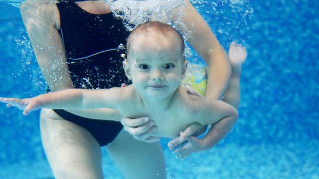 Atelier bébés nageur