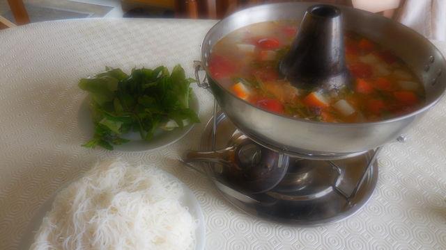 Canh chua ( Soupe de poisson et tomates)