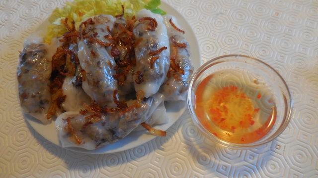 Banh cuon (nem à la vapeur)
