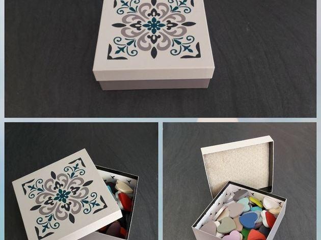 atelier pochoirs carreaux de ciment atelier restauration et r cup ration par captive decoration. Black Bedroom Furniture Sets. Home Design Ideas