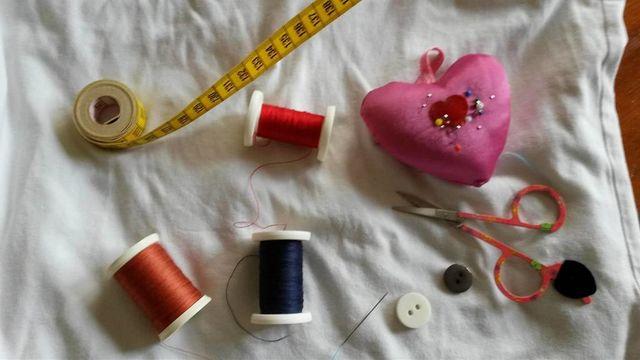 Base de Couture : divers points, ourlets, boutons…