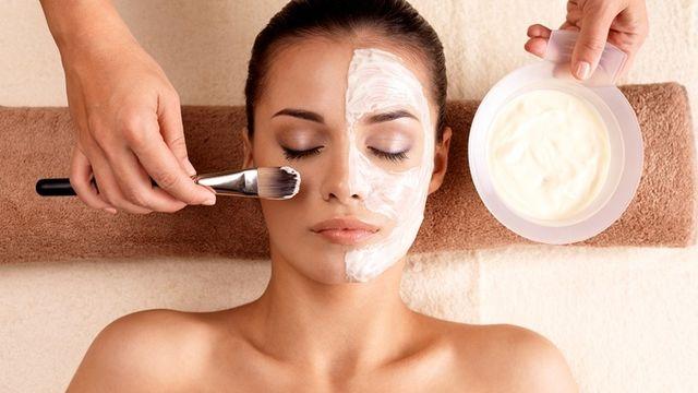Apprendre à faire un soin visage complet professionnel