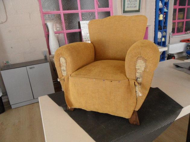 garnissage de fauteuil l 39 ancienne stage restauration et r cup ration par eliane houbrechts. Black Bedroom Furniture Sets. Home Design Ideas