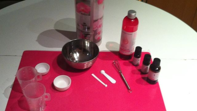 créer ses cosmétiques ou produits ménagers chez vous