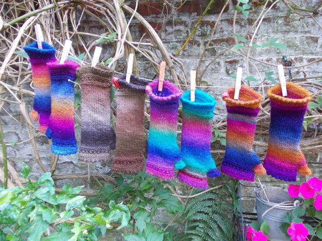 Je tricote des mitaines avec une aiguille circulaire, formation Couture par Les Tricots De Bri