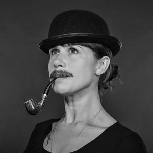 Julie rombaudt   make up artist
